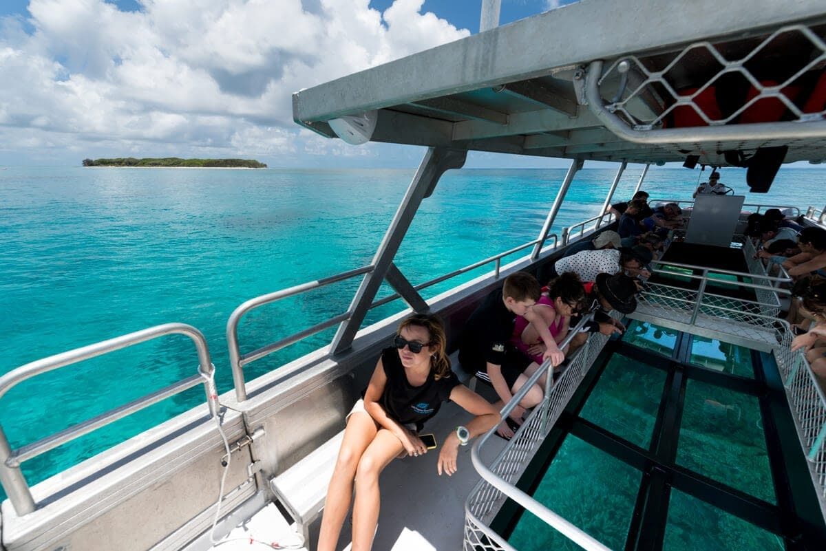 Lady Musgrave Island - Glass-bottom boat